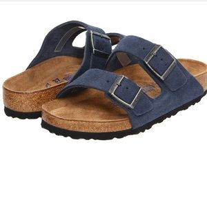 NIB Birkenstock navy suede copper buckle sandals